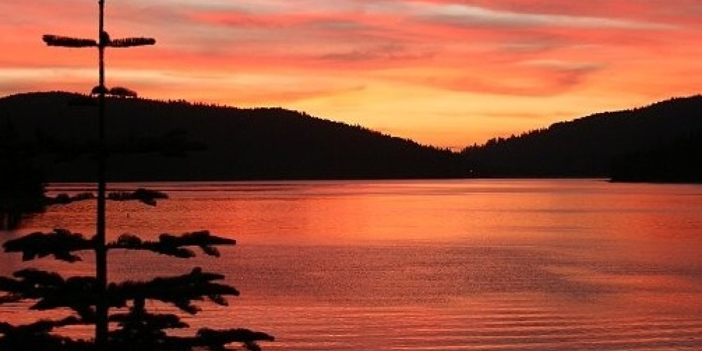 Spectacular Sunsets at Bucks Lake – Dewit Henderson