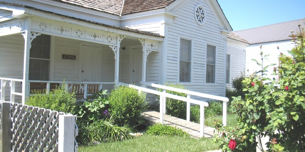 Fully restored and furnished 1860s period home – unknown