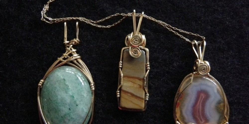 Gemstone Pendants – Joanne & Michael Freemire