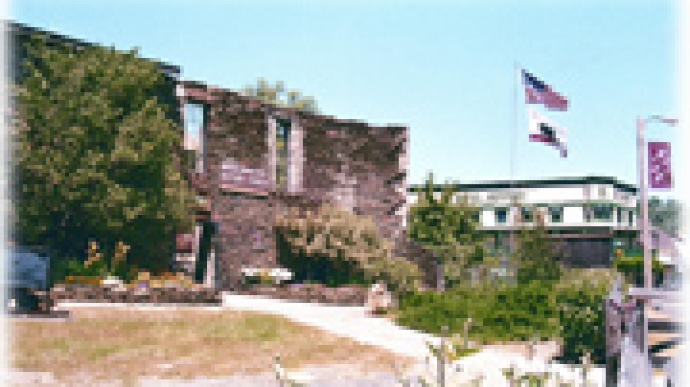 Northern Mariosa County History Center is located in old Coulter Hotel and former Wells Fargo/Apothecary building. – Dale Silverman