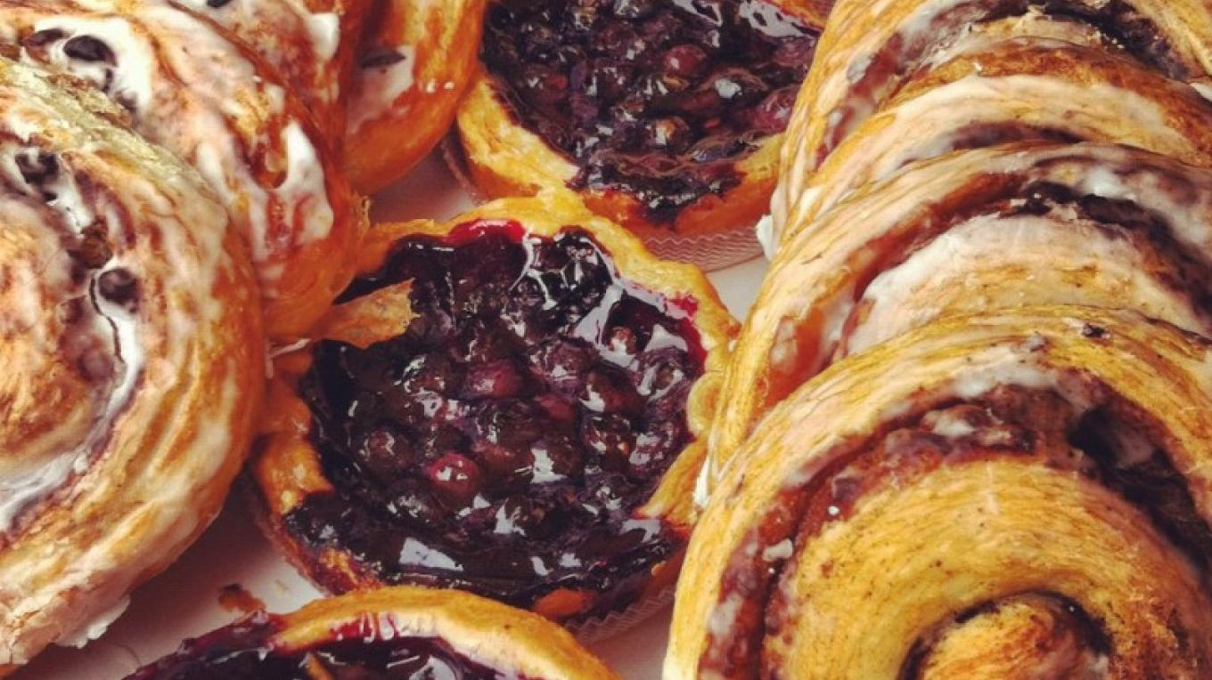 Fresh baked goods with regionally grown Amador County berries. – Amador County Farmers Market Association