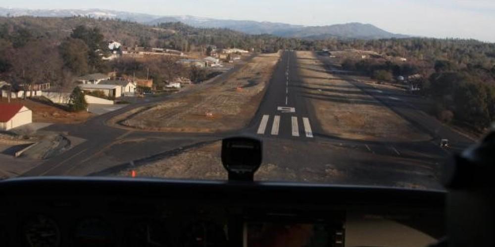 Final to Runway 9 – Silvano Gai