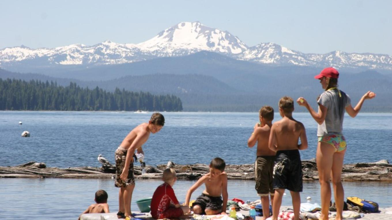 Recreating at Lake Almanor. – courtesy of Lake Almanor Area Chamber of Commerce