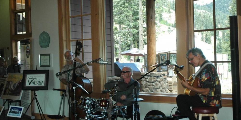 Redding's Charles Valona Trio jazzes up the visitor center – NPS Photo