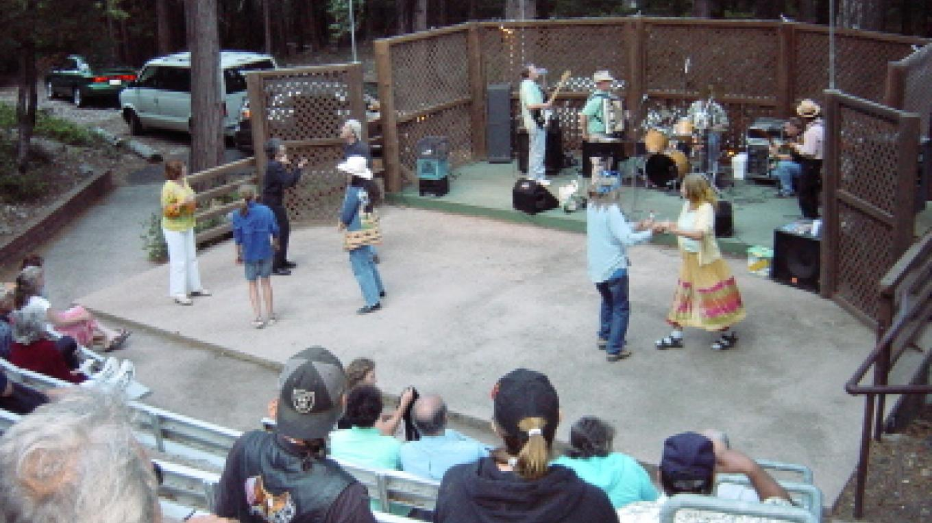 A popular annual summer concert series with a pre-show barbecue is organized by Bob Morales of the old Sierra City Hotel at the Historic Kentucky Mine Outdoor Amphitheater.