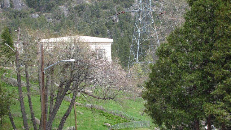 Scenery with John E. Bryson Powerhouse in background – Southern California Edison