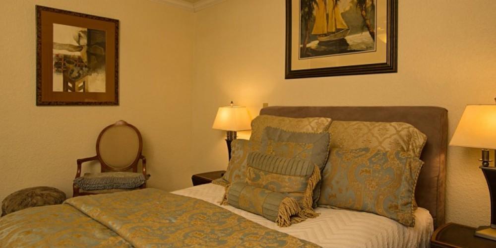 Mae's Room at the Victoria Inn in Murphys, California: http://www.victoriainn-murphys.com – Digimanstudios.com