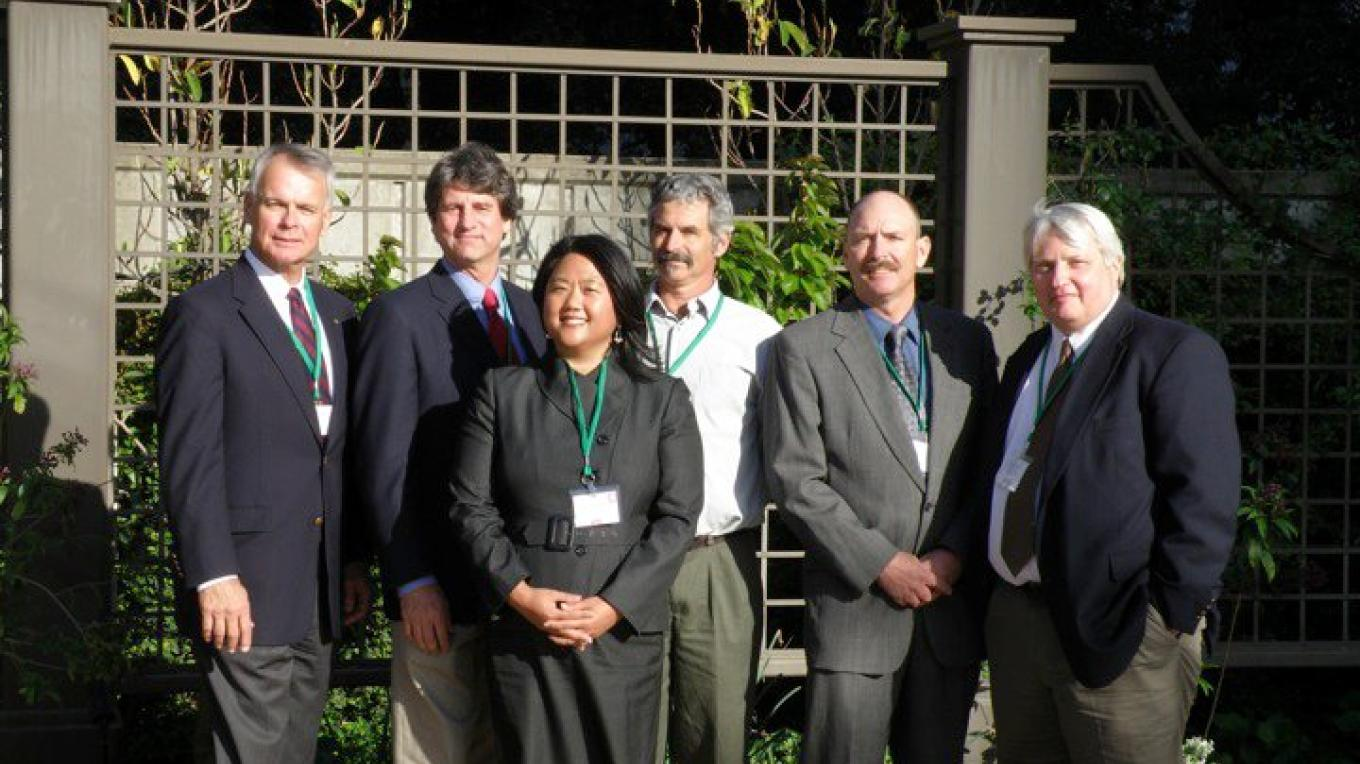 Vision 2020 Award Winners pictured with Sierra Business Council's President. From left to right: Mike Chrisman, Keith Logan, Meea Kang, Reed Tollefson, Jim Turner, and SBC President Steven Frisch. – SBC