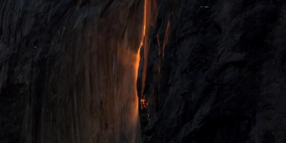 Horsetail Falls natural fire fall, Yosemite – Charles Phillips