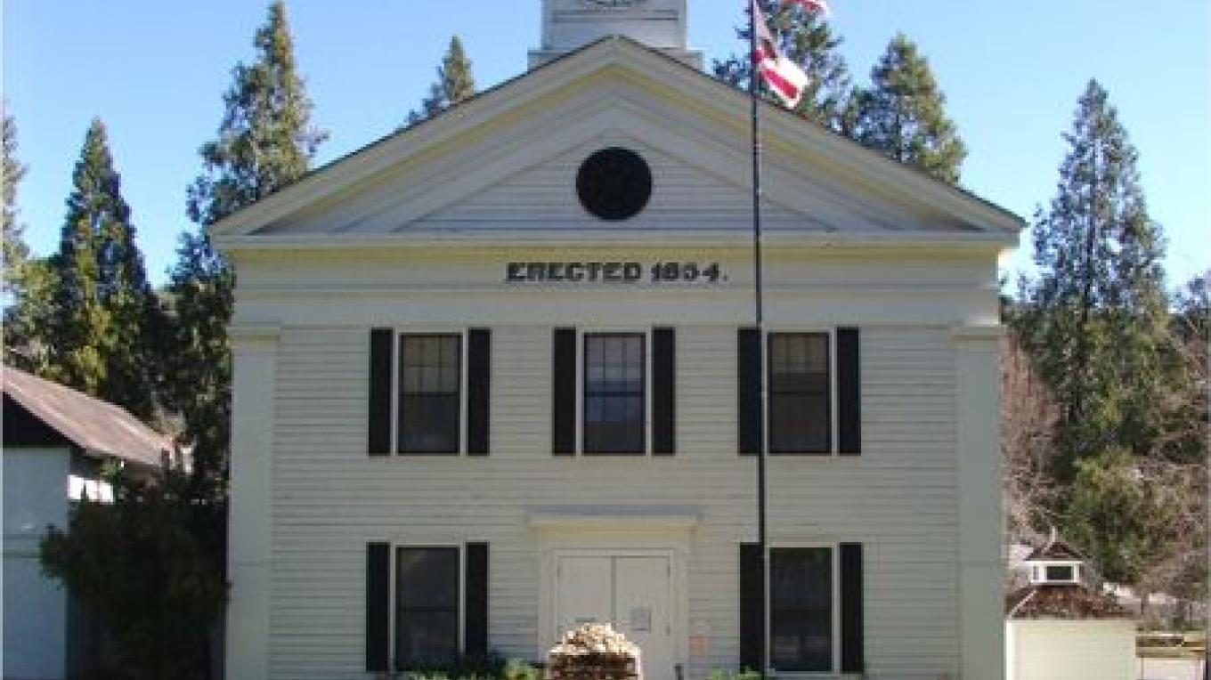 This historic courthouse is the oldest one in continuous use since 1854. – www.visitMariposa.net