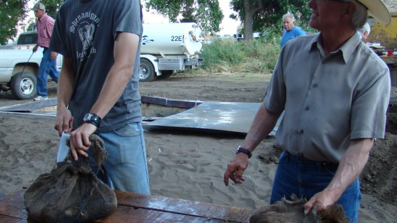 Cutting pit BBQ meat – Jean Bilodeaux