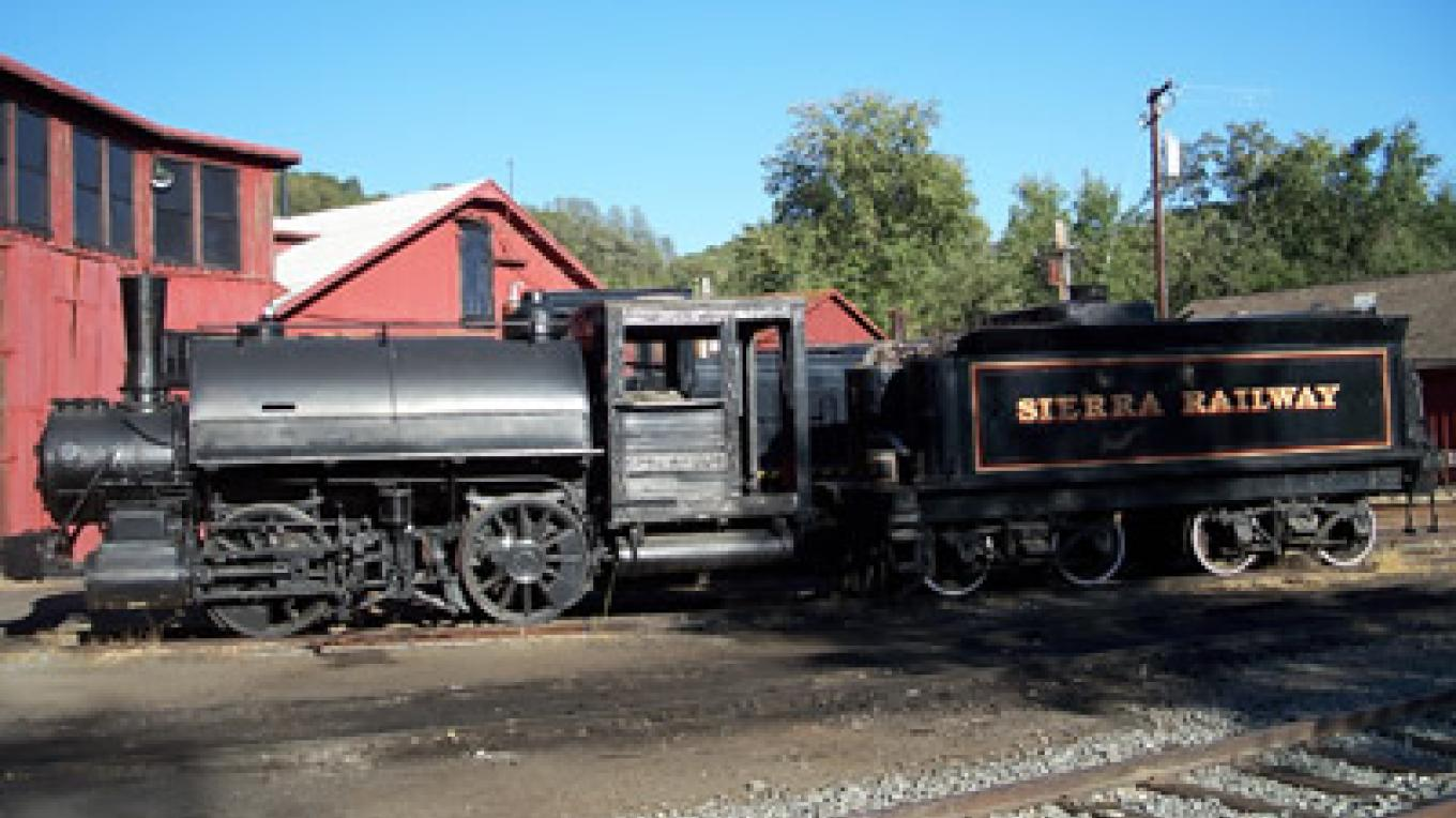 Sierra Railway is still an active part of the community – Smalltowngems.com