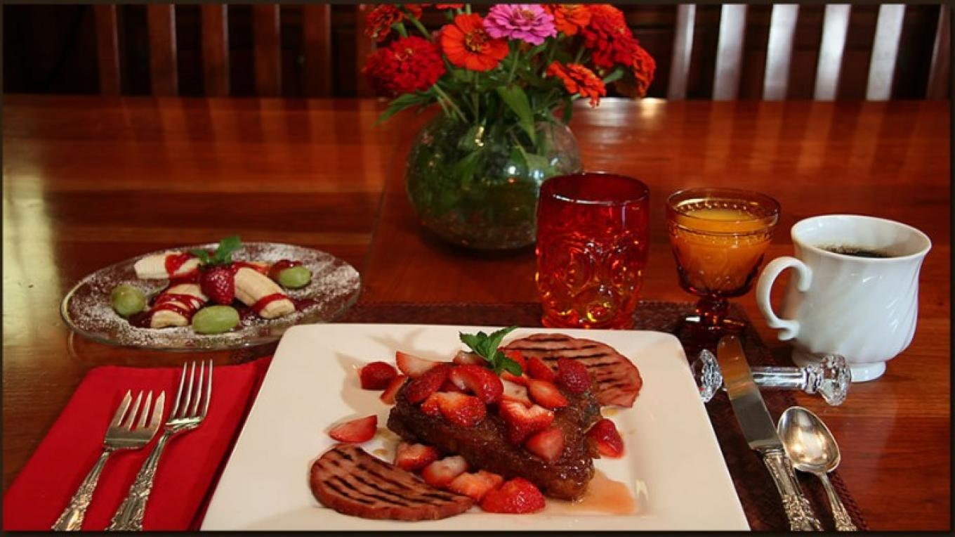 Breakfast prepared by innkeeper Chuck Anderson – Christine Gustafson, InnLight Marketing