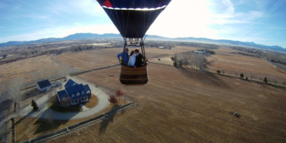 Just Married! Another successful balloon wedding in Nevada – Whit Landvater
