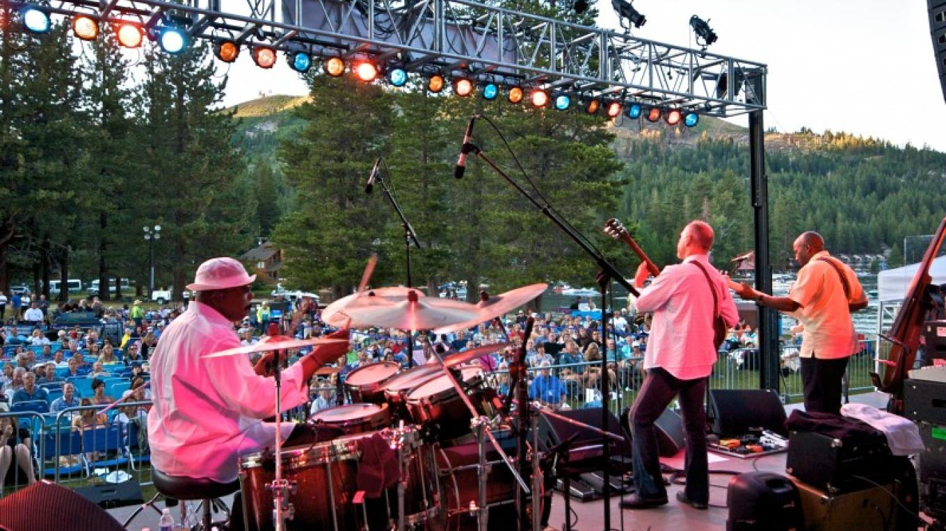 Concerts at West End Beach, Donner Lake – Rob Retting