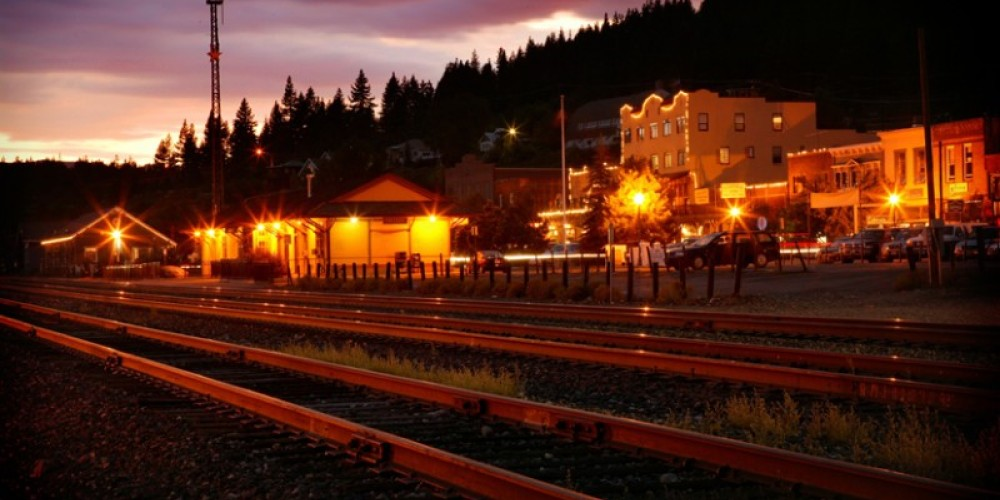 Downtown Truckee - Train Depot at Dusk – Jeff Dow