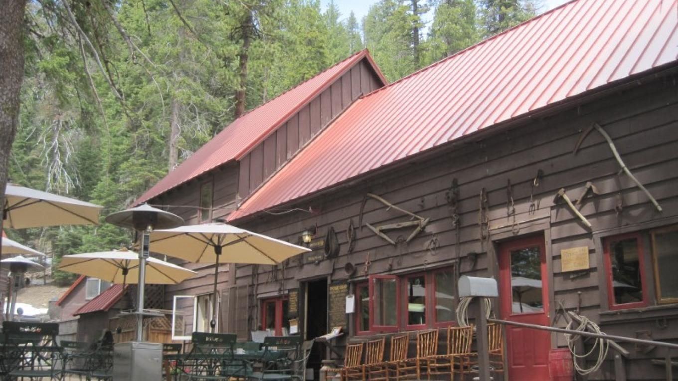 Outdoor seating at Drakesbad Guest Ranch. – NPS