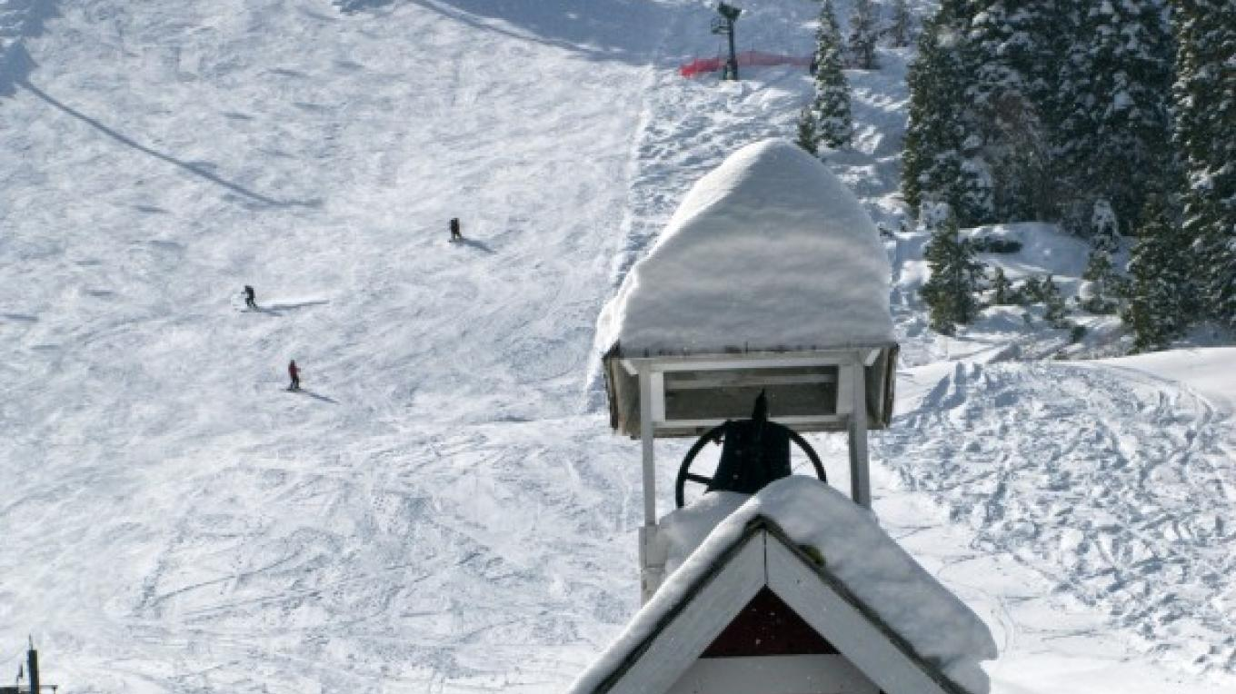 Classic ski experience at Lake Tahoe's Homewood Mountain Resort – Jonathan Selkowitz