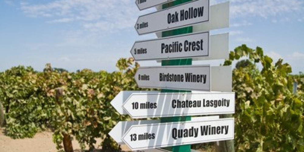 Madera Wine Trail directional sign – Bob Marcotte