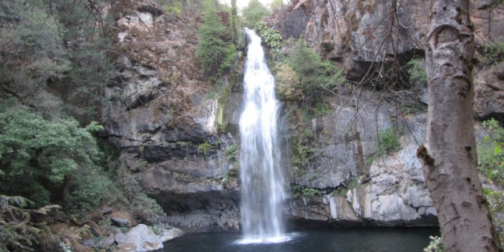 The Falls and plunge pool – Ben Miles