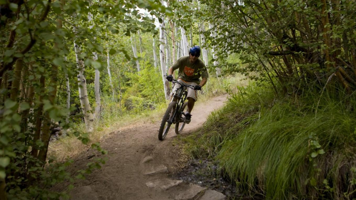 Mountain Biking Lower Rock Creek Canyon – Christian Pondella