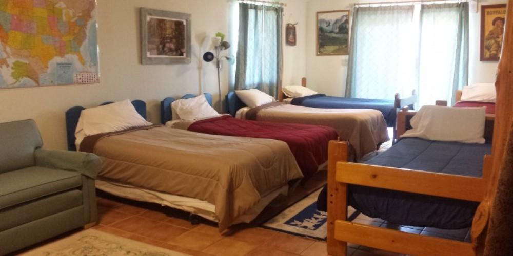 Bonus Room, 6 twin beds