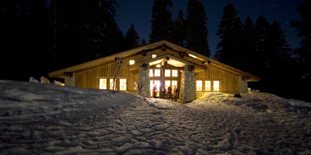Glacier Point Ski Hut under the stars.