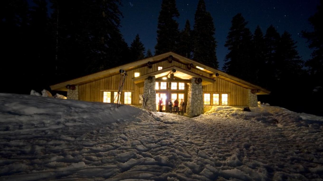 Glacier Point Ski Hut under the stars.
