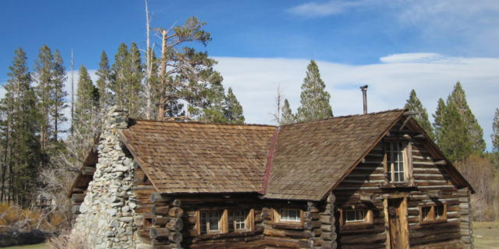 Mammoth Museum at the Hayden Cabin in Mammoth Lakes, CA. – B. Richter