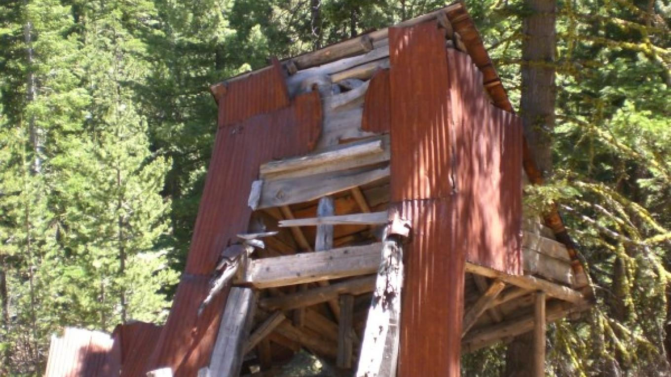 Not fully identified, but could be an ore trolley relay station or stamp mill. – Kerry Davis
