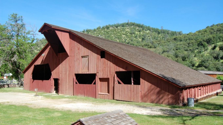 Historic Barn – David Anderson