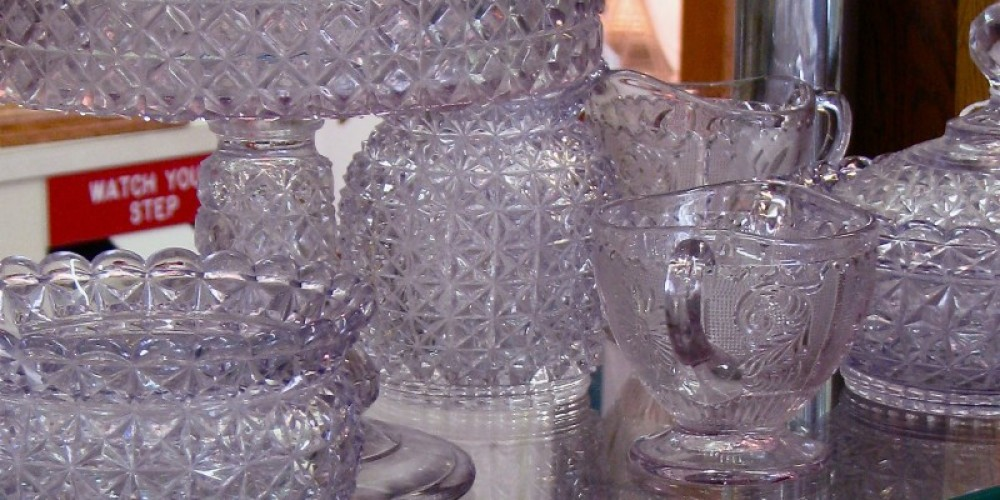 """Fine """"purple"""" glass awaits the discriminating collector – Karrie Lindsay"""