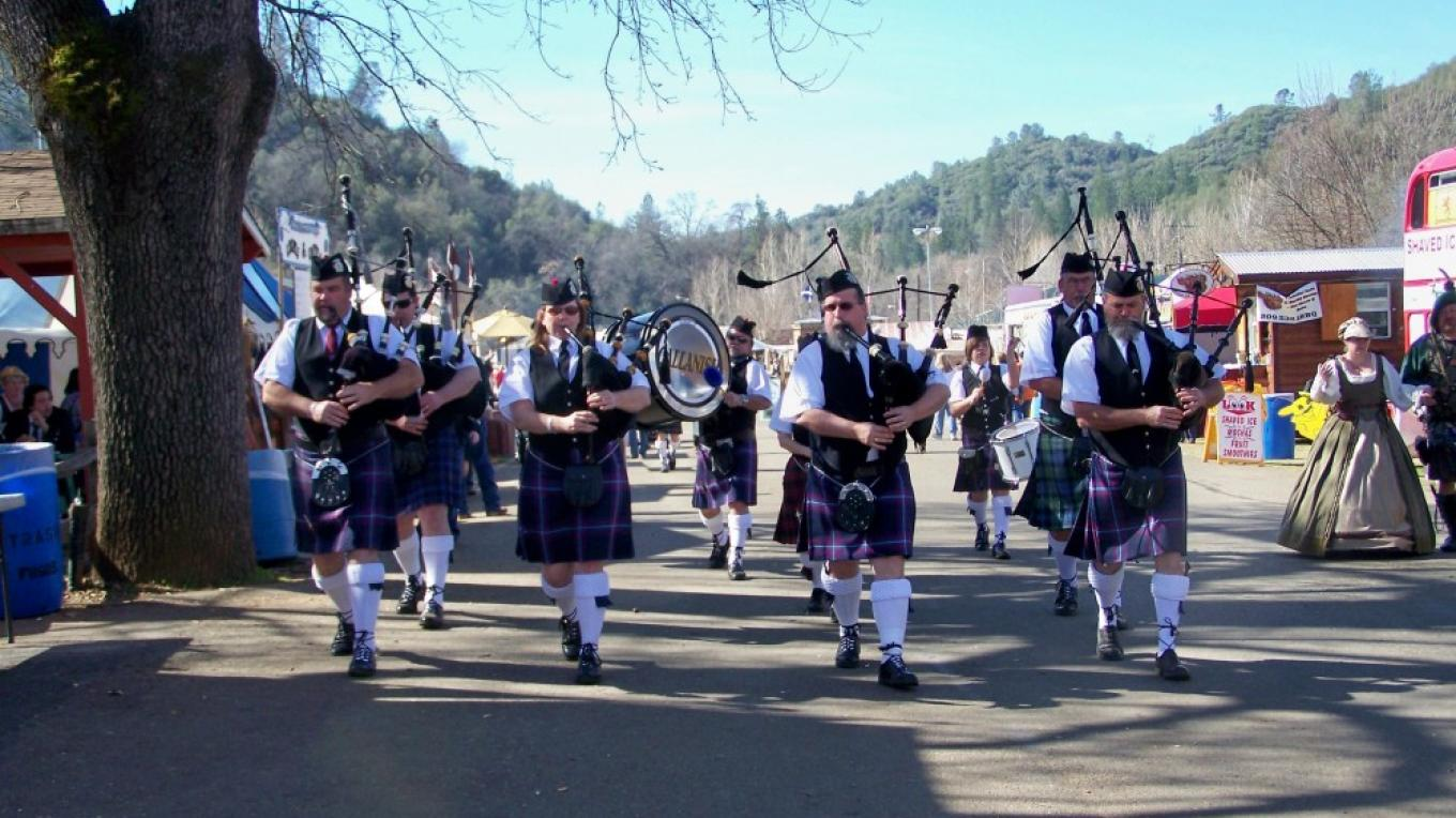 Bagpipers – courtesy, Sonora Celtic Faire