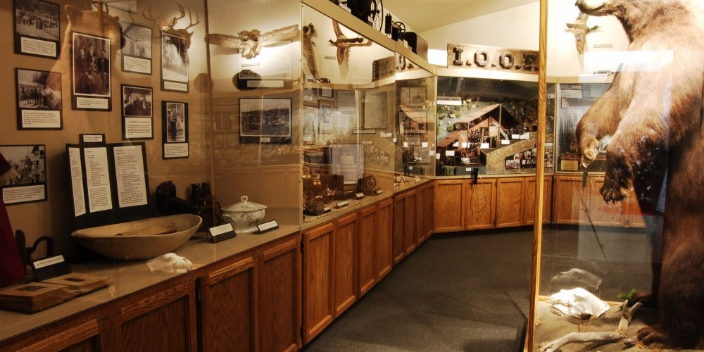 A few of the exhibits inside the Groveland Yosemite Gateway Museum. – Denise Henderson