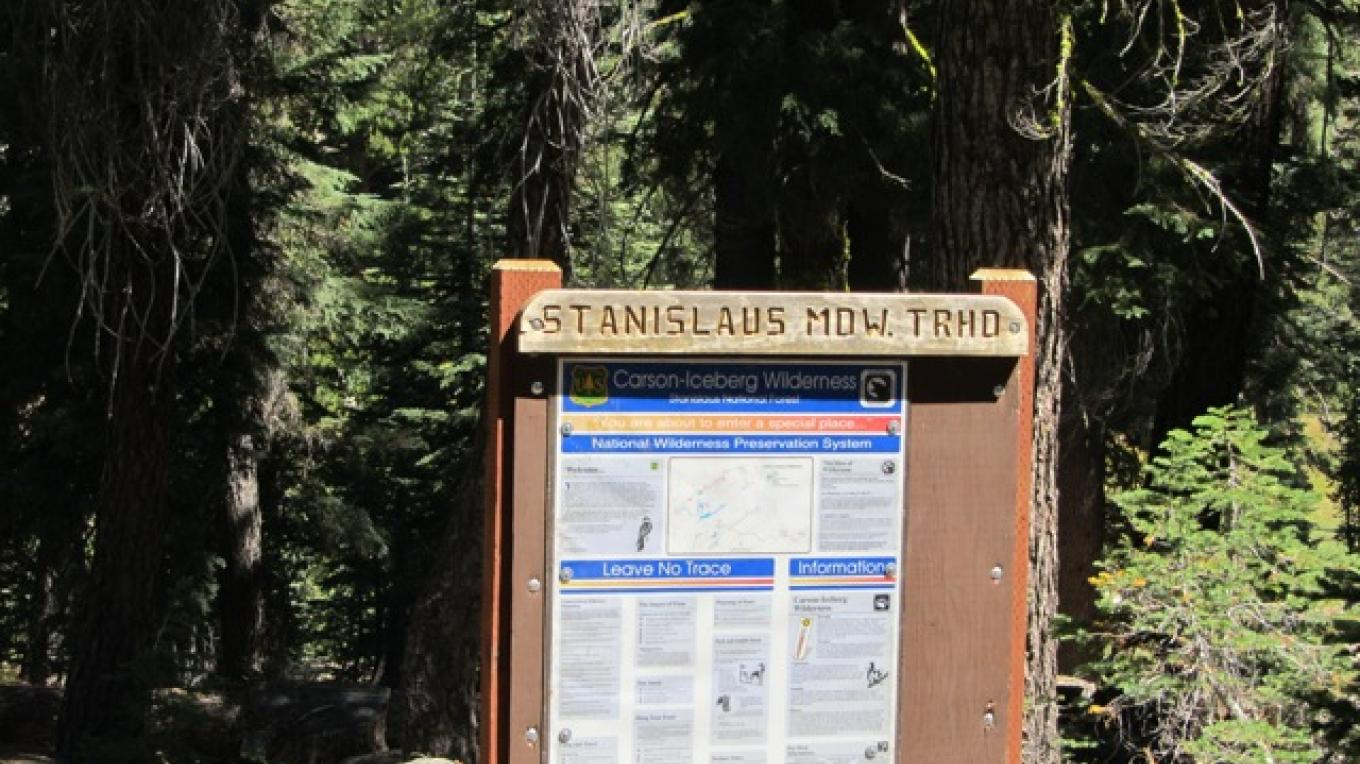 Stanislaus Meadow Trailhead sign – bigtreestech.com