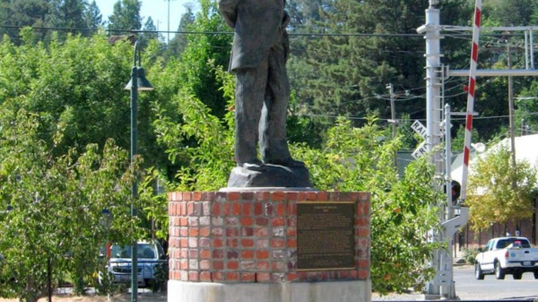 Schuyler Colfax Statue – Marilyn DeMarco