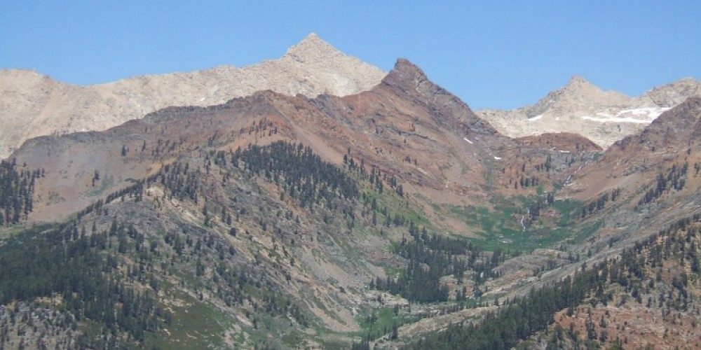Sawtooth (back) and Mineral (front) peaks tower above the Mineral King valley. – The Kaweah Commonwealth