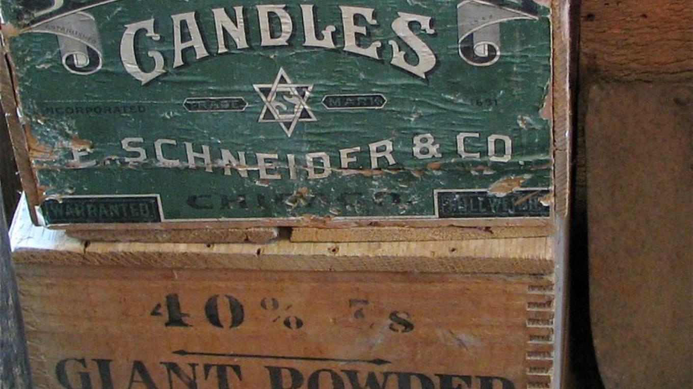 Stearic acid candle boxes with original labels are rare. – Karrie Lindsay