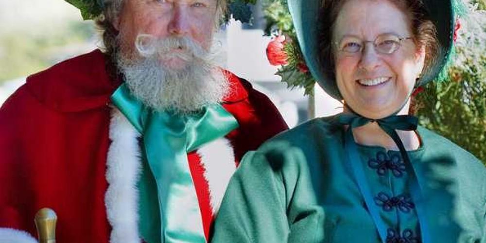 Mr & Mrs St. Nick ring in the festivities for the Sutter Creek Charles Dickens Christmas Open House – Klosowski