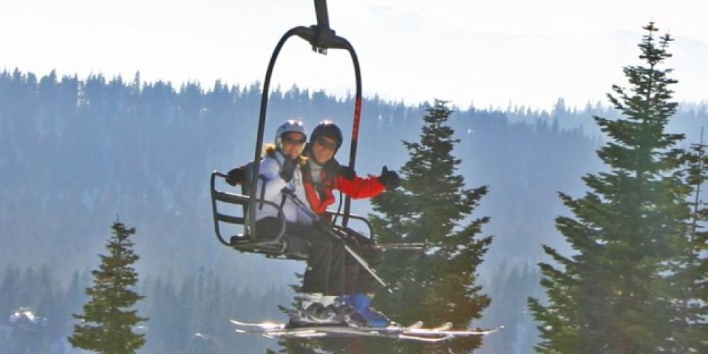 Skiing at Lake Tahoe's Homewood Mountain Resort – Rachael Woods