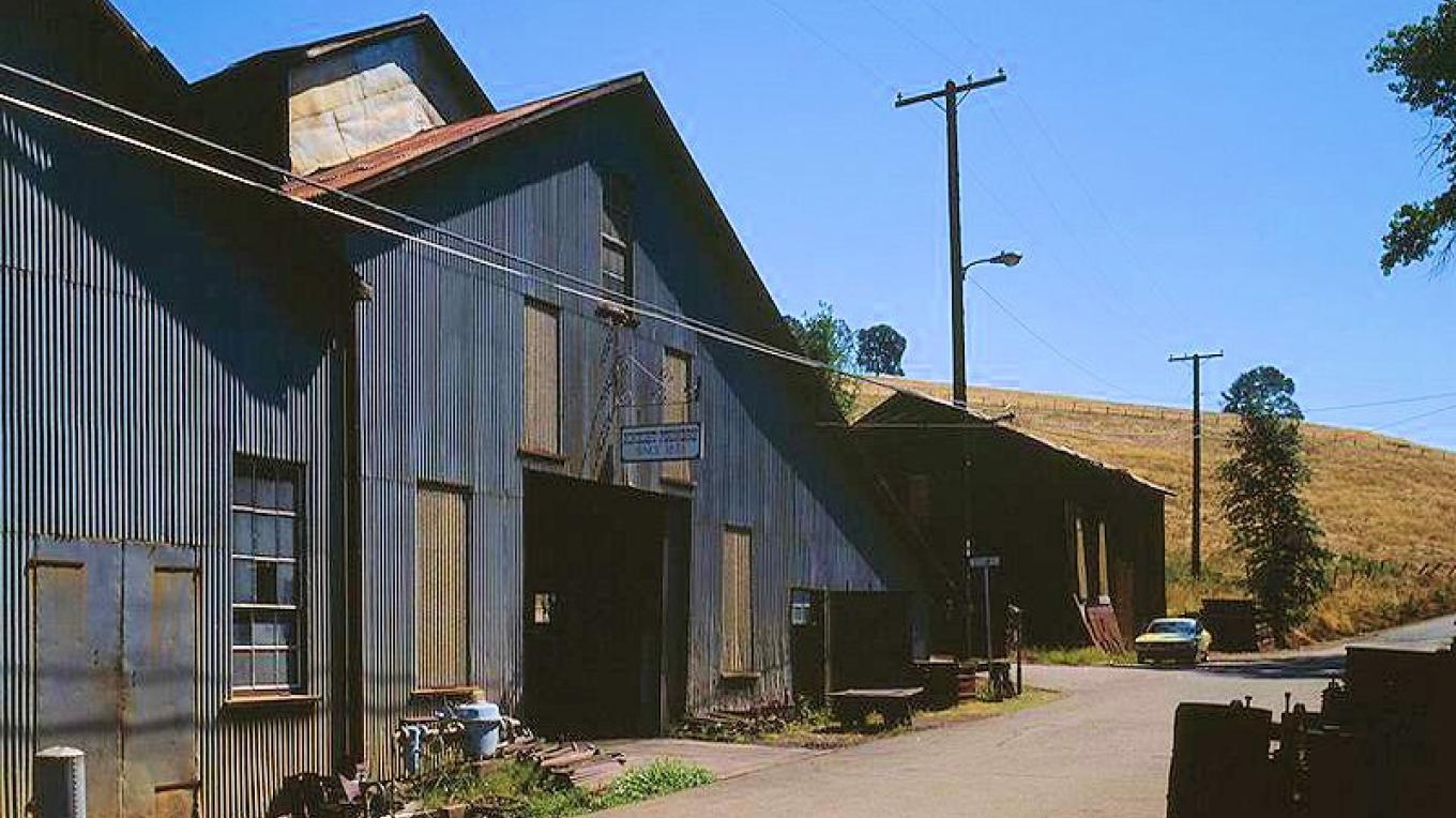 Exterior view of Knight Foundry, when still operating. – Amadorgold.net