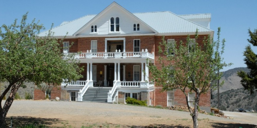 St  Mary's Arts Center – Virginia City Visitor Center