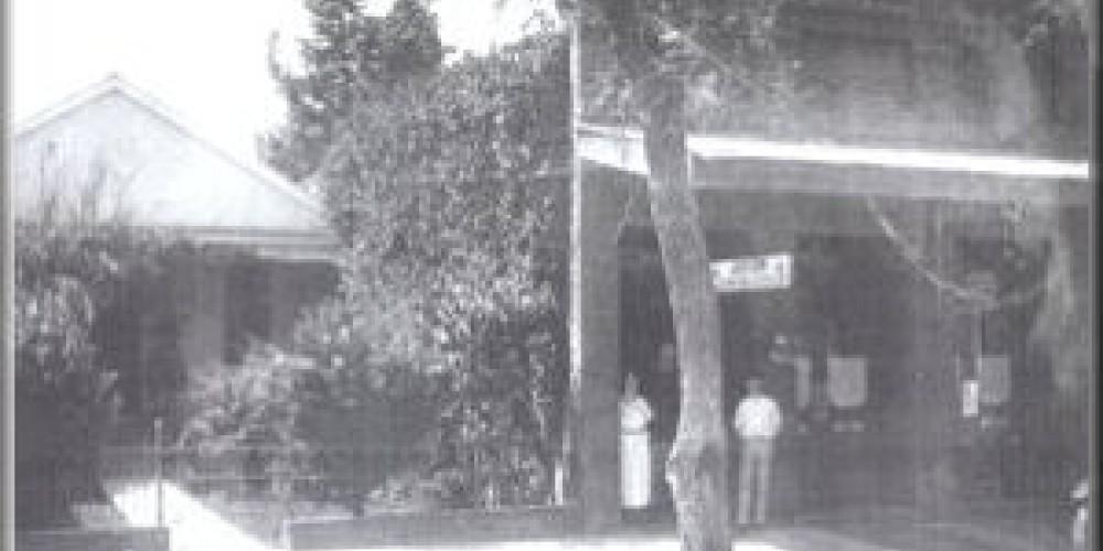 Exterior of Muldoon's Saloon. – www.amadorgold.net