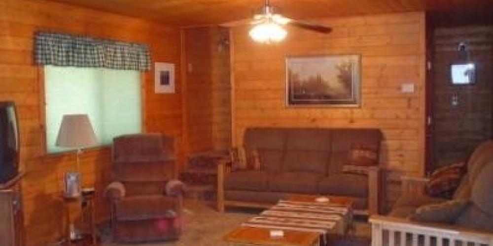Sugar Pine Cabin living room.  Comfy and cozy. – Jenine Haugh