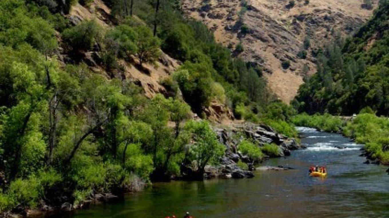 Whitewater rafting on the Merced River near Yosemite National Park with O.A.R.S. – www.oars.com