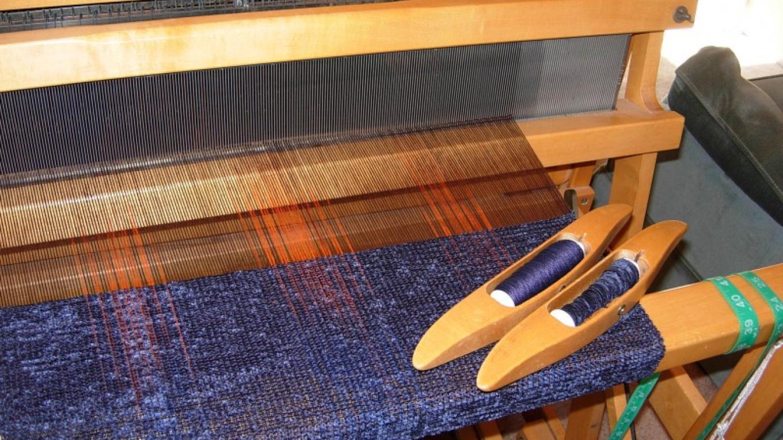 Weaving brown & blue shawl – Nikki Crain