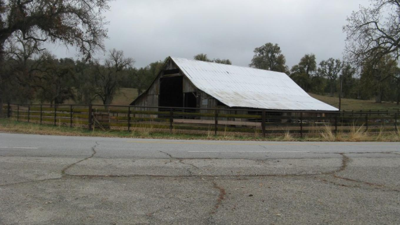 Lavers Ranch Barn – Syd Whittle