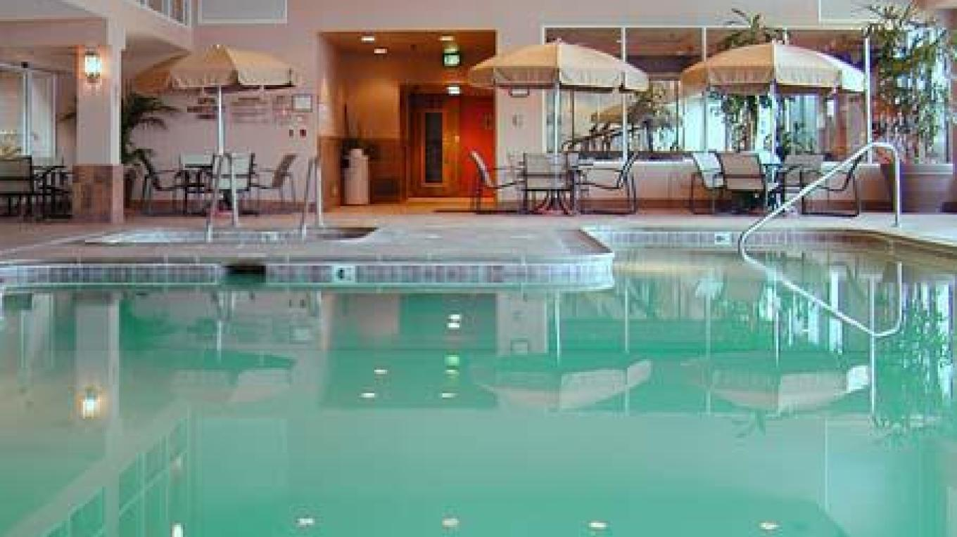Indoor pool at Lake Tahoe Resort Hotel is a hit after skiing to loosen up those ski legs, or even in the summer. – Lake Tahoe Resort Hotel