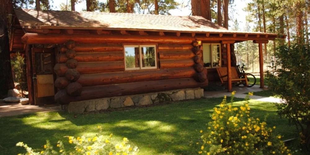 1937 Rustic Cabin – Travis K. Lee