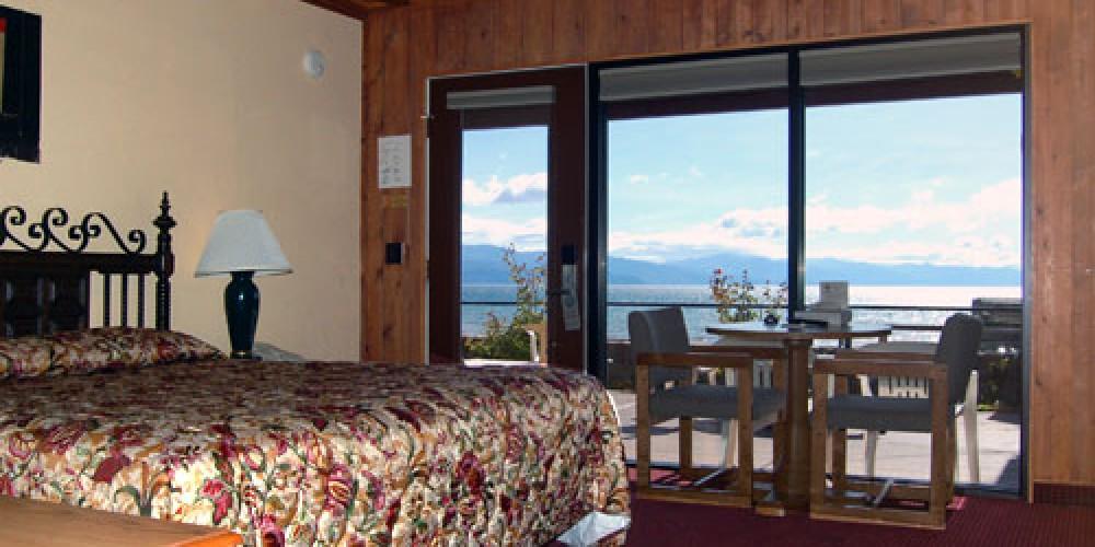 Lake View Rooms – Ferrari's Crown Resort